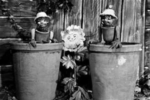 Bill and Ben the flower pot men with Little Weed.